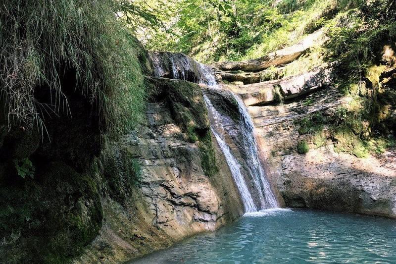 походы в Геленджике к водопадам
