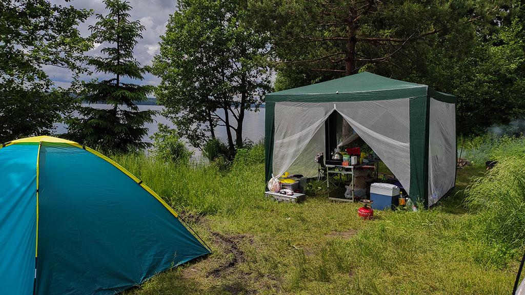 Отдых с палатками на Десногорском водохранилище