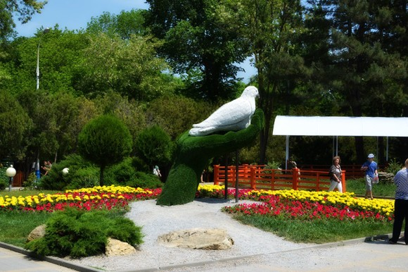 скульптура Голубь в Анапе