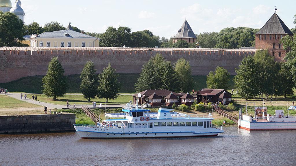 Речные экскурсии в Великом Новгороде