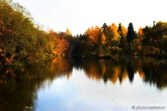 речка осенью