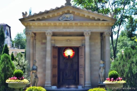 Храм Зевса в кабардинке