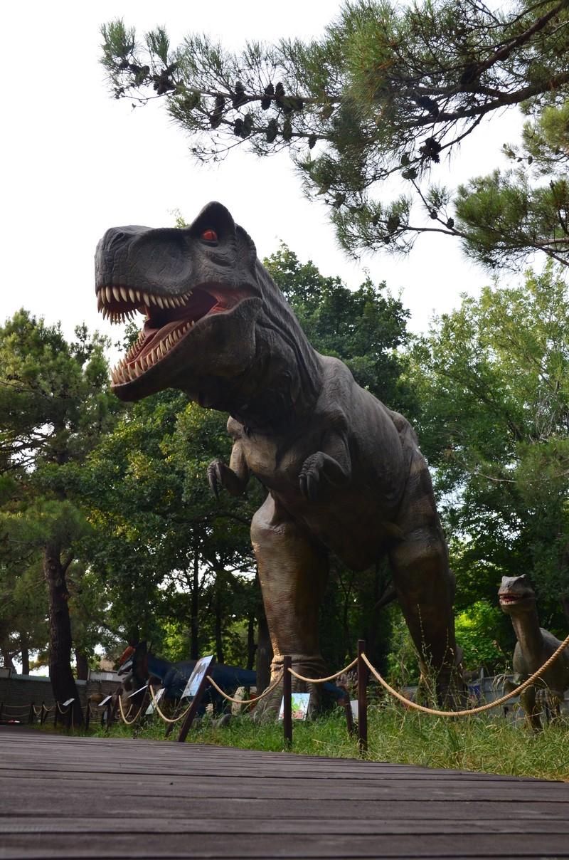 макет Тиранозавра