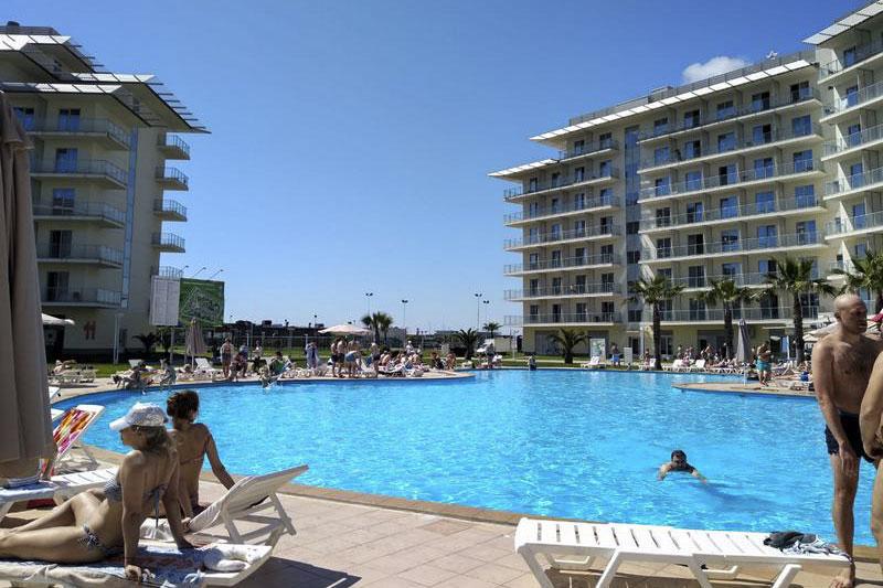 Отель в Сочи с бассейном