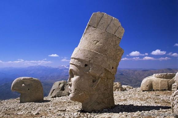 каменные головы в турции