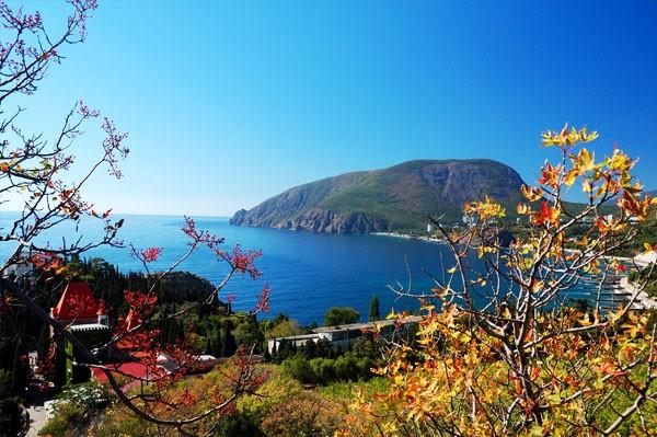 Куда поехать отдыхать в сентябре в России?