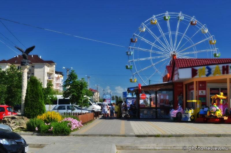 колесо обозрения в Витязево